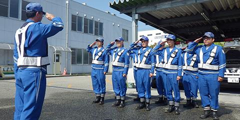 隊員の一日 | 採用情報|西日本高速道路パトロール関西株式会社